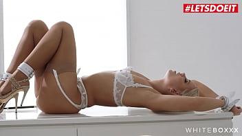 LETSDOEIT - #Lola Myluv - Sexy Ass MILF Bondage taquiné et durement percé par son homme